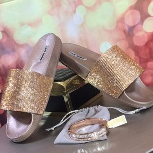 Shoes - 🌹NEW IN BOX Bling Sparkle Rose Gold 🌹Slides Sz 9